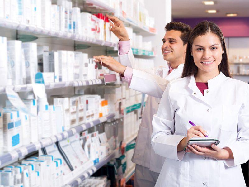 Personas vendiendo dinitrato de isosorbida aurax